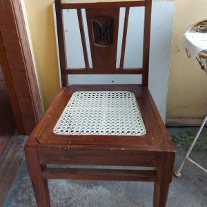 Set of 6 antique chairs seats replaced price 700 euro