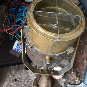 rare-nautical-vintage-marine-brass-ship-spot-light-18kg-100-original-Brass-Search-Light.jpg-rare-vintage-nautical-maritime-ship-brass-spot-light.